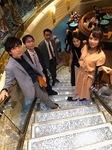 キラキラ階段.jpg
